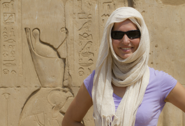 Women Travelling in Egypt → Find out how to stay safe