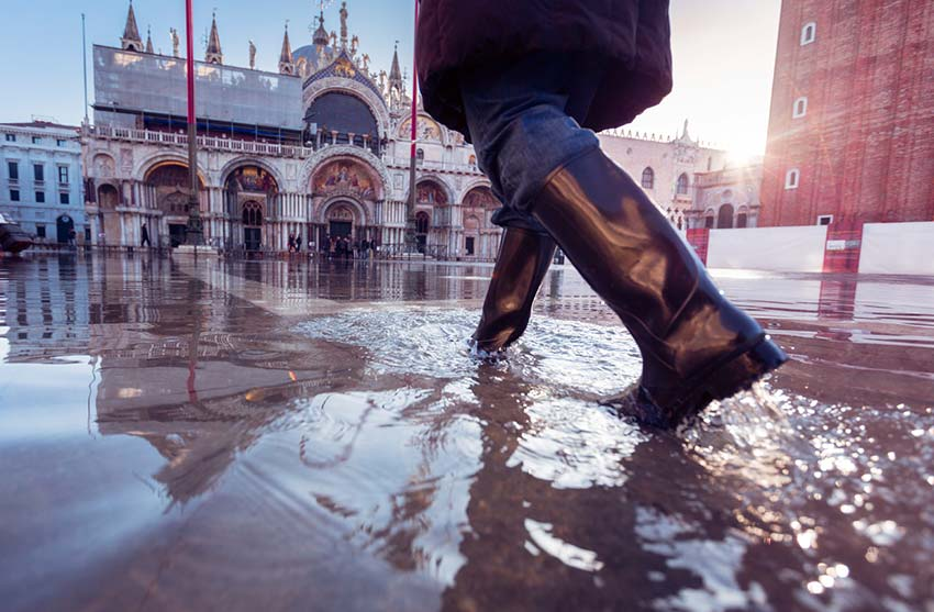 What to do if you're caught in a flood while travelling